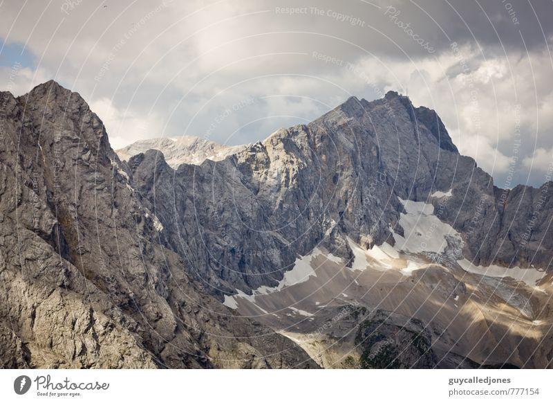 Zugspitze Himmel Natur Ferien & Urlaub & Reisen Sommer Erholung Landschaft Wolken Umwelt Berge u. Gebirge Bewegung Herbst Sport Felsen Freizeit & Hobby