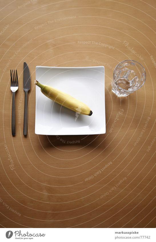 vitamine Ernährung Buche Holz Teller Löffel leer Appetit & Hunger Gedeck Sauberkeit weiß Lebensmittel Vitamin gelb Banane Gesundheit Glas warten