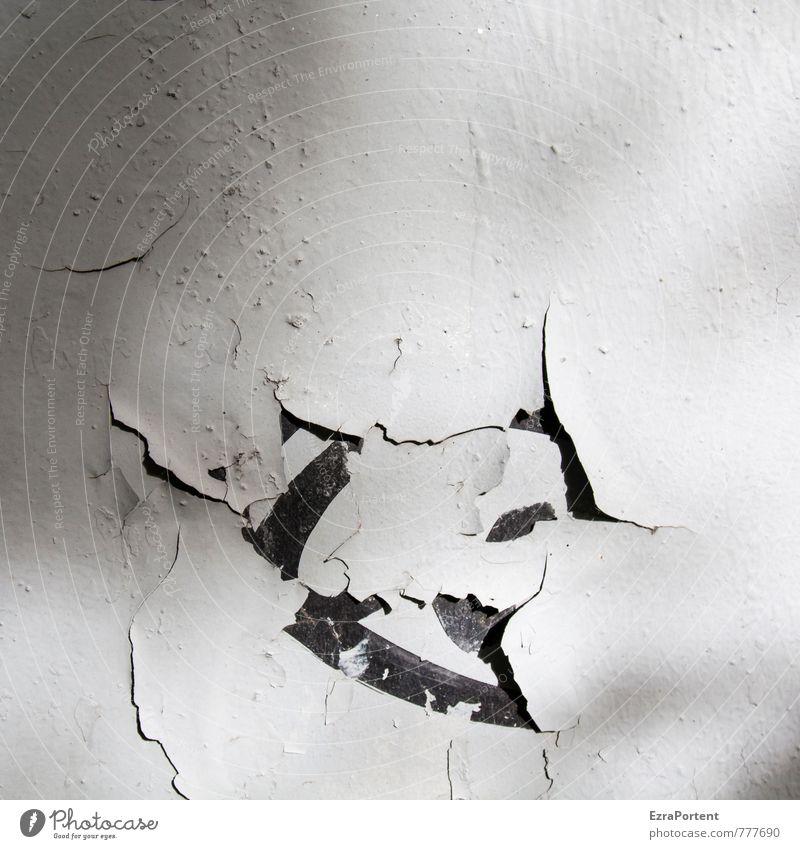 der Lack ist ab Haus Mauer Wand Fassade Metall alt dreckig trashig schwarz weiß Traurigkeit Schmerz Riss abblättern Trennung Farbe Schwarzweißfoto Außenaufnahme