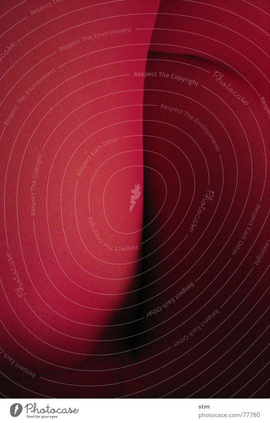 pink 01 rosa Strumpfhose rot Stoff Composing Naht Schlaufe Kniekehle Beine Strukturen & Formen Haut Netz Schatten Falte Landschaft Bild
