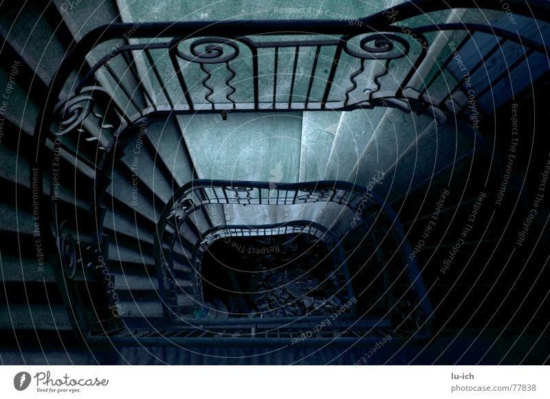 hotel belvédère Hotel Konstruktion Umbauen Metamorphose escaliers Treppe stairs alt