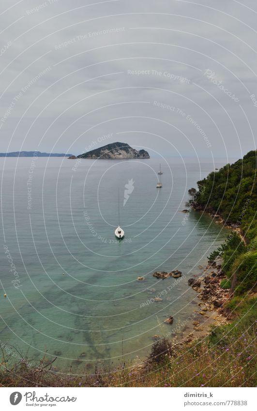 Himmel Natur blau Pflanze Meer Landschaft ruhig Wolken Strand Küste Wasserfahrzeug Felsen Horizont Insel Aussicht Gelassenheit
