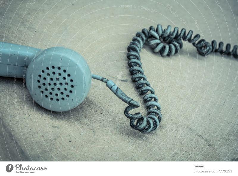 telefon alt Traurigkeit grau Technik & Technologie Telekommunikation retro Telefon Kabel Telefongespräch altmodisch Telefonhörer