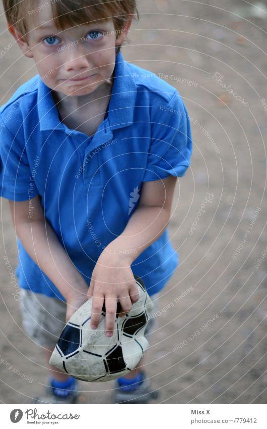 WM-Aus Freizeit & Hobby Sport Verlierer Fußball Ball Fußballplatz Mensch maskulin Kind Kleinkind Junge Kindheit 1 1-3 Jahre 3-8 Jahre Traurigkeit kaputt Gefühle