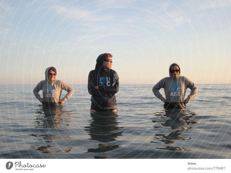 Die vom Küstenschutz Mensch Ferien & Urlaub & Reisen Wasser Meer Freude Umwelt feminin Wege & Pfade Schwimmen & Baden Horizont Freundschaft Freizeit & Hobby