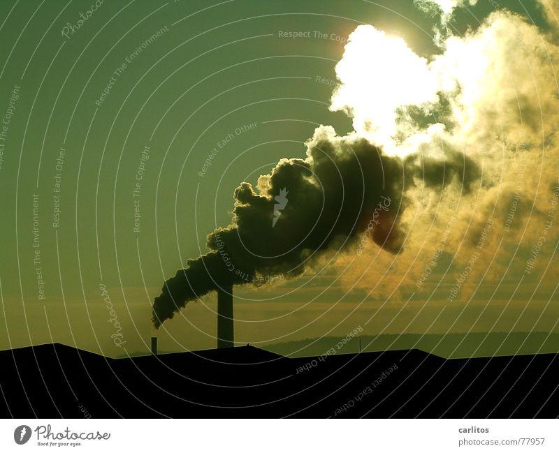 mal so richtig Dampf ablassen ... II Himmel blau grün Sonne Wolken schwarz Ferne gelb kalt Wärme Horizont frei leer Industrie Dach Vergänglichkeit