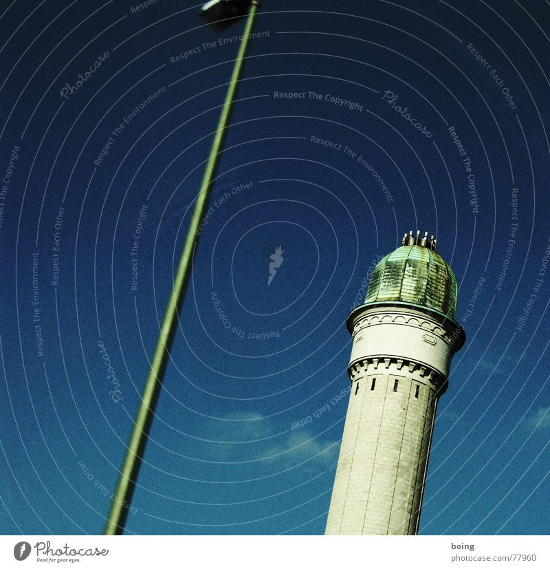 ISO ist vom ASA der Tod 3 verrückt Macht Turm Laterne Denkmal Wahrzeichen diagonal 7 Toskana achtsam Campanile
