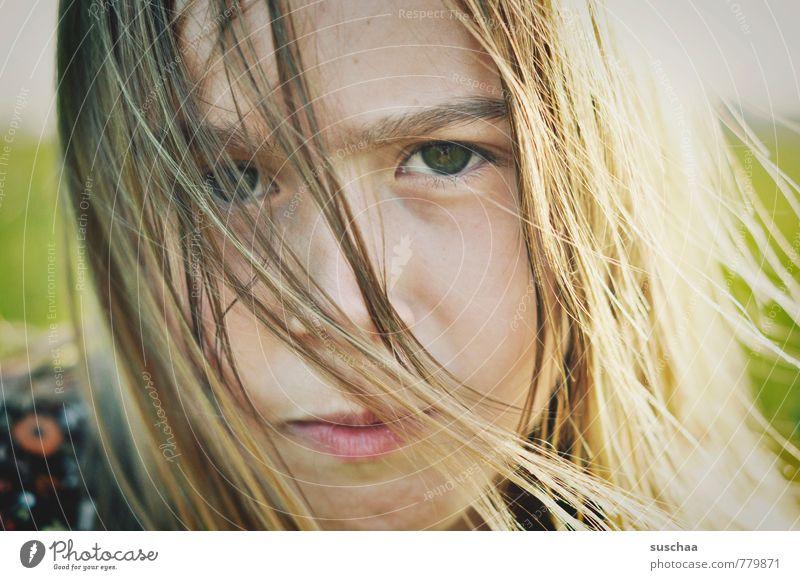 eigenwillig sein Kind Jugendliche Sommer Junge Frau Mädchen Gesicht Auge Leben Gefühle feminin Haare & Frisuren Kopf Körper wild Kindheit Haut