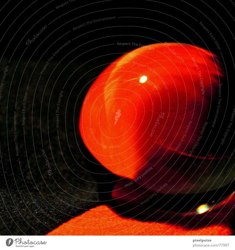 leguksalg rot Glaskugel Verlauf schwarz dunkel Geschwindigkeitsüberwachung Quadrat rund Experiment Leben Gefäße Reflexion & Spiegelung Licht Stoff Kugel