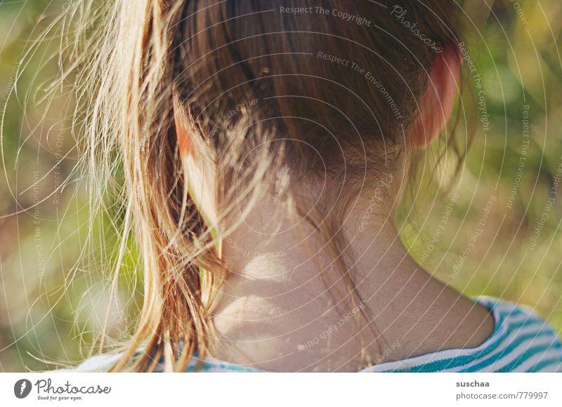 schöner nacken feminin Mädchen Junge Frau Jugendliche Körper Haut Kopf Haare & Frisuren 1 Mensch 8-13 Jahre Kind Kindheit T-Shirt brünett langhaarig Zopf