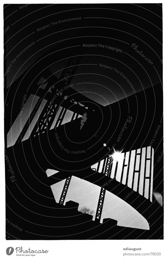 abends an der Brücke Sonne dunkel Brücke