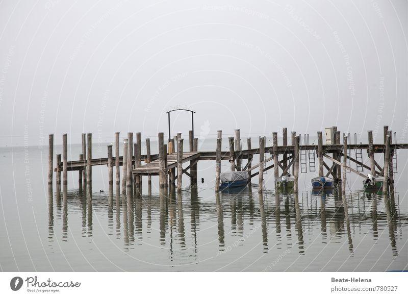 AST 7 | In Warteposition Himmel Natur Wasser Ferne Küste grau Wasserfahrzeug Luft Wetter warten nass Brücke Seeufer Hafen Schifffahrt Verkehrswege
