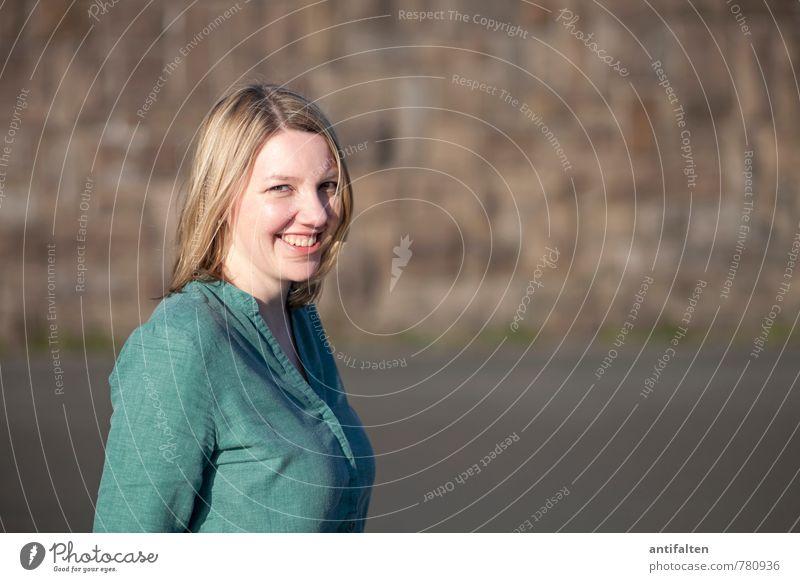 natürl ICH Mensch Frau Freude Erwachsene Gesicht Leben feminin natürlich Glück Gesundheit lachen Haare & Frisuren Kopf Lifestyle Körper blond