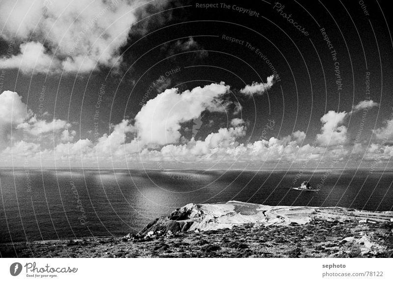 PornoSando Porto Santo Madeira Atlantik Wolken Meer Küste schwarz weiß Brandung Reflexion & Spiegelung Inselkette Sturm ruhig Wind Wellen Kanaren Landschaft