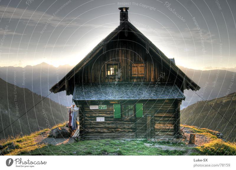 Anton-Renk Hütte Himmel Sonne Wolken Berge u. Gebirge Haus wandern Alpen Österreich HDR Dynamikkompression