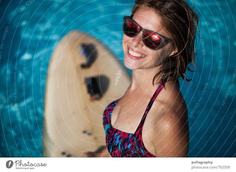 hot summer (1) Mensch Frau Ferien & Urlaub & Reisen Jugendliche schön Sommer Sonne Meer Junge Frau Freude 18-30 Jahre Erwachsene Leben Gefühle feminin Freiheit