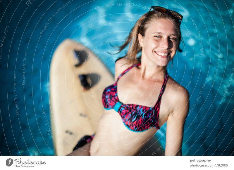 hot summer (4) Mensch Frau Ferien & Urlaub & Reisen Jugendliche schön Wasser Sommer Sonne Meer Junge Frau Freude 18-30 Jahre Erwachsene Leben Gefühle feminin