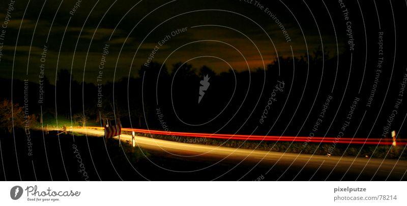 Ich weiß, wohin du letzte Nacht gefahren bist... Himmel Natur rot Sonne Wolken schwarz gelb dunkel Straße Graffiti Wege & Pfade PKW Linie Beleuchtung Feld Schilder & Markierungen