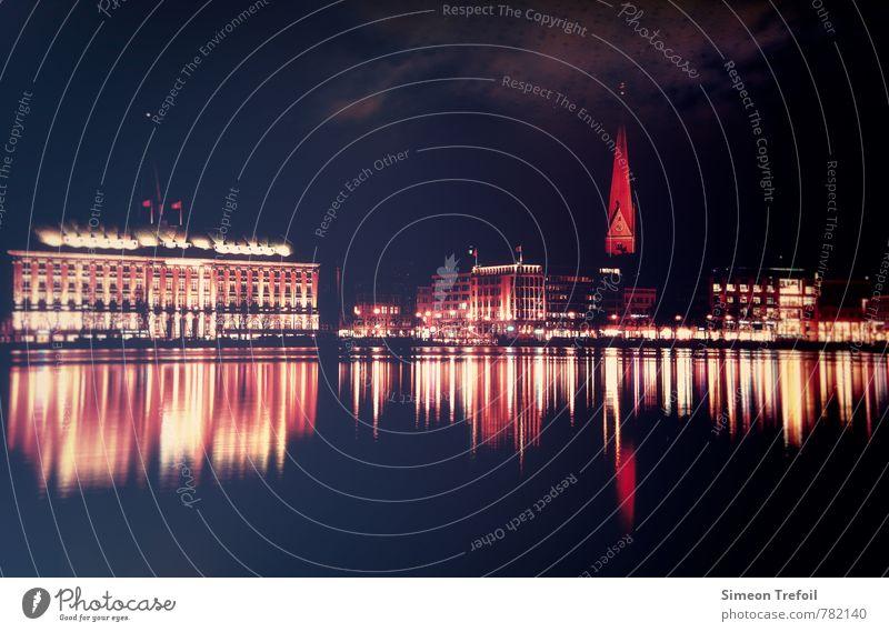 Hamburg bei Nacht Ferien & Urlaub & Reisen Stadt alt rot Freude schwarz Lifestyle Wohnung Tourismus Freizeit & Hobby leuchten Ausflug beobachten Abenteuer