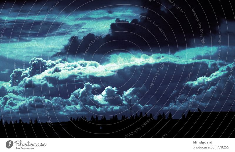 Shapes of things to come Himmel blau Farbe Wolken dunkel Herbst Regen Angst bedrohlich Unwetter Gott Gewitter Götter Wolkenwand