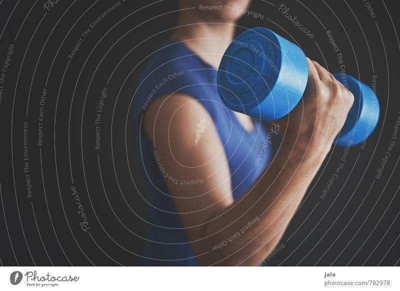 workout Gesundheit sportlich Fitness Sport Sport-Training Sportler Krafttraining Kraftübertragung Mensch feminin Frau Erwachsene Brust Frauenbrust Arme Hand 1