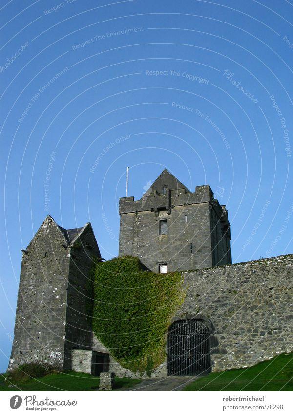 wenn der burgherr 3x klingelt _ 1 Killarney Burren Denkmal Europa Festung Himmel Wolken Kunst Sightseeing alt Mauer Steinmauer verstecken Aufenthalt Gebäude