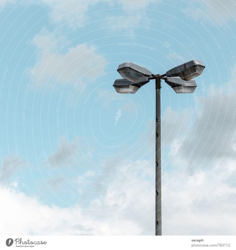 Licht Laterne street lantern Lampe bestrahlen Lichterscheinung Objektfotografie Himmel Wolken Wolkenhimmel frei Hintergrundbild Stadtleben elektrisch