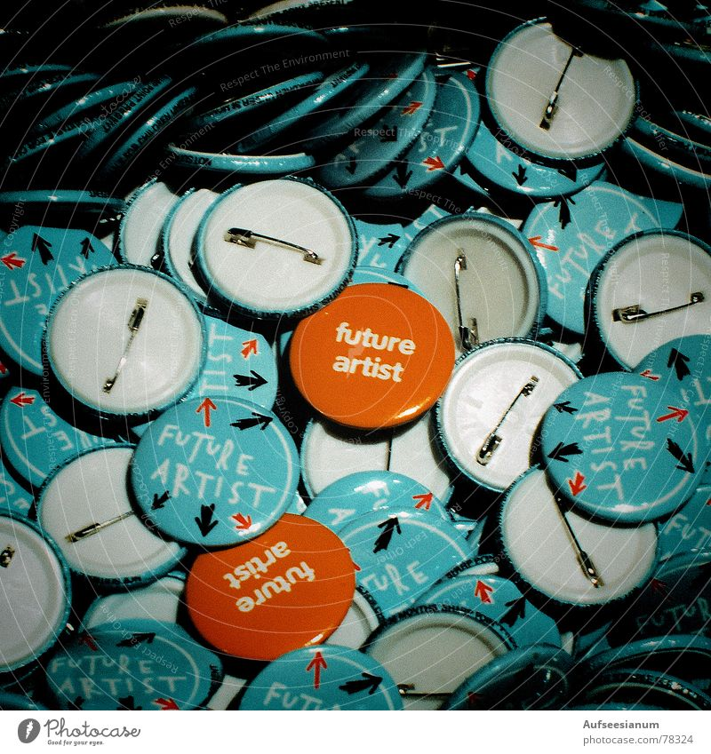 Future Artist Anstecker Zukunft Beruf mehrere Blech Künstler Leben blau orange mehrfarbig Farbe trendy viele Nadel türkis Sicherheitsnadeln Plakette