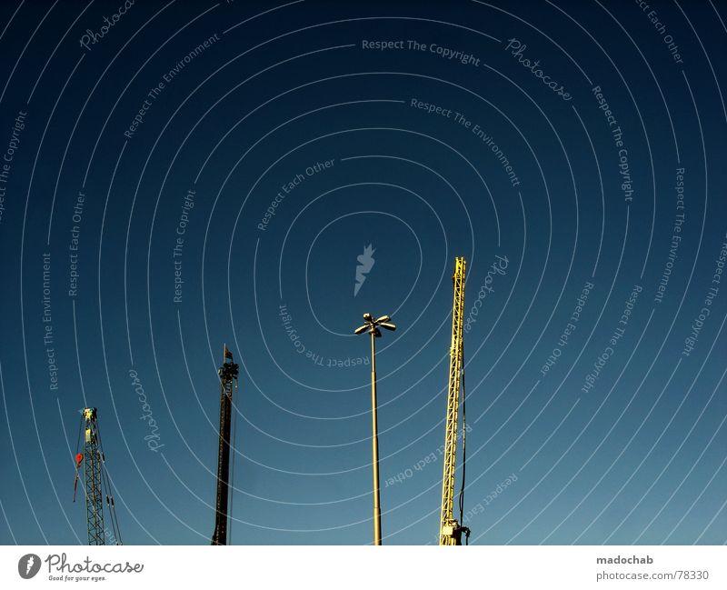 UHRENVERGLEICH Himmel Lampe Arbeit & Erwerbstätigkeit Dinge 4 Verkehrswege Straßenbeleuchtung Wachsamkeit Kran Verschiedenheit vergleichen Uhrenvergleich