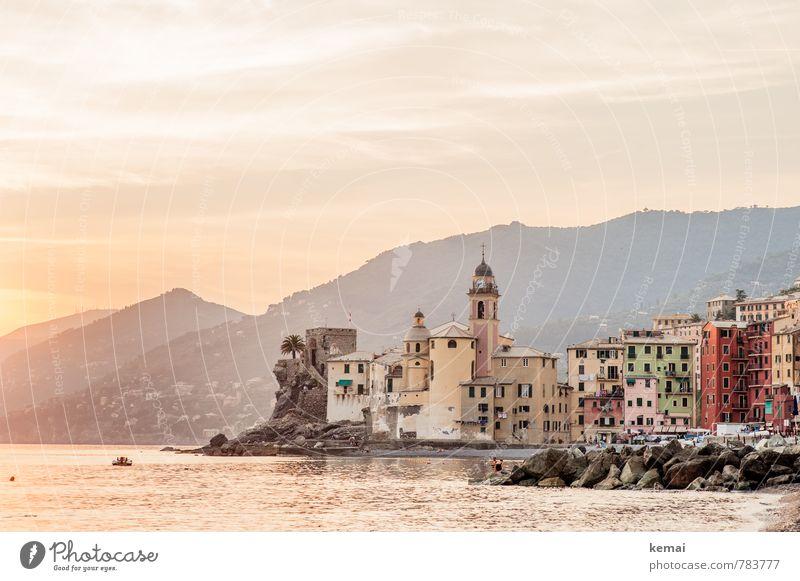 Camogli alt schön Sommer Sonne Meer ruhig Haus Küste Gebäude Felsen authentisch Schönes Wetter Warmherzigkeit Romantik Hügel Italien