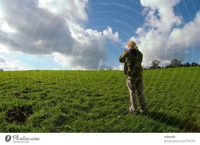 Fotospaß 2 Mensch Mann Natur Himmel Baum grün blau Pflanze Sommer Freude Wolken Wiese Gras Freiheit Landschaft Erwachsene