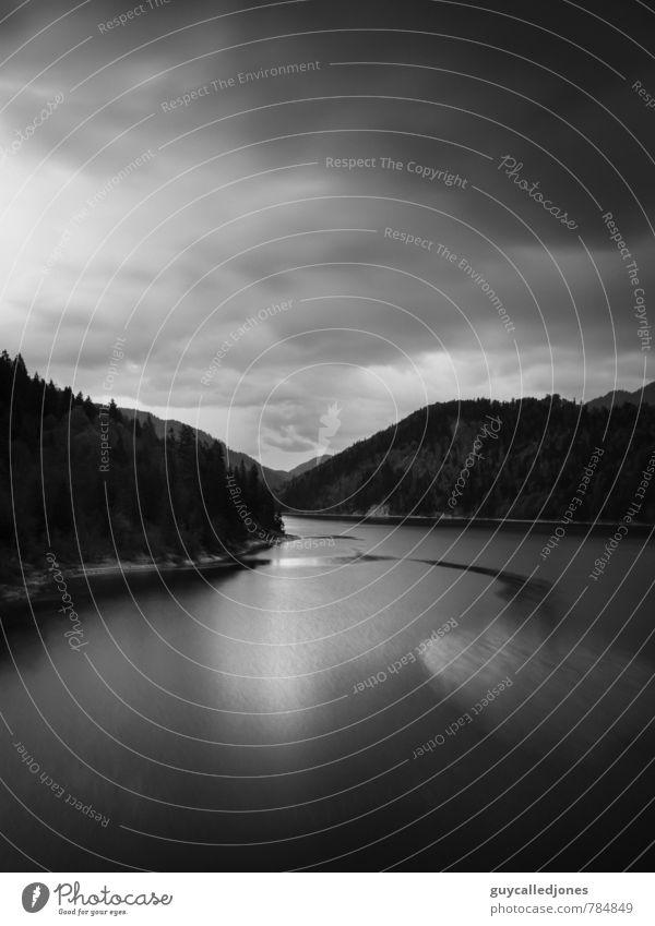 Sylvenstein Natur Einsamkeit Landschaft Wolken kalt Wald Umwelt Frühling Zeit See Felsen Stimmung Kunst Horizont elegant Perspektive