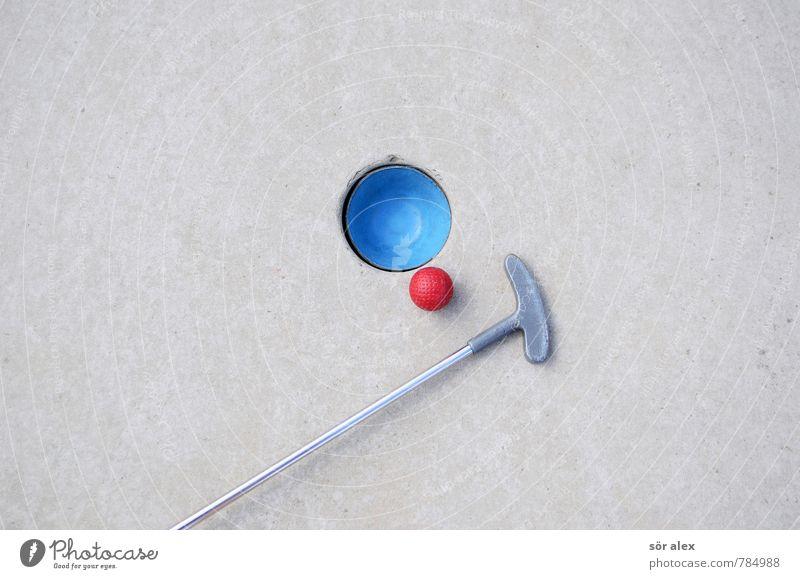 Niemals aufgeben blau rot Freude Sport Spielen grau Erfolg planen Ziel Wirtschaft Karriere Konkurrenz Präzision Genauigkeit Golfschläger zielstrebig