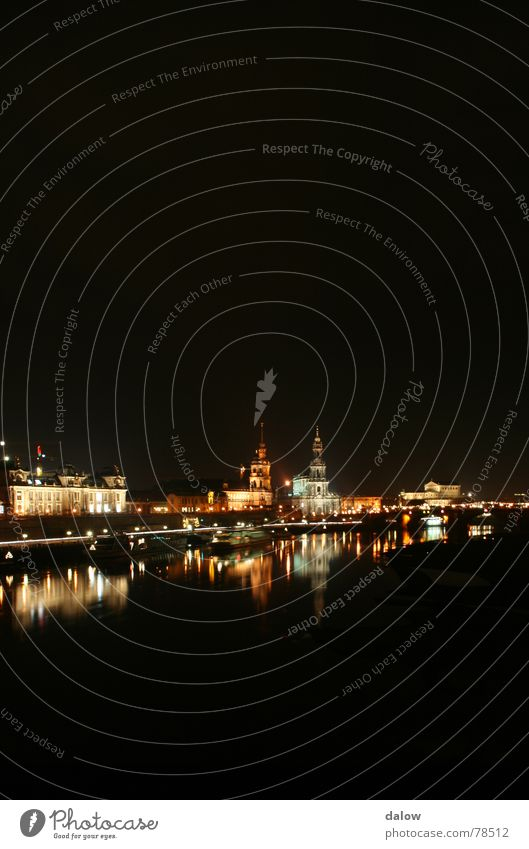 Dresden night skyline Stadt Fluss Skyline Elbe Elbufer