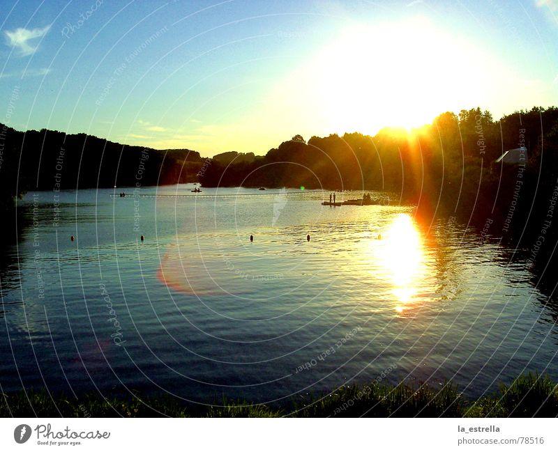 Sonnenuntergang am See Frieden Freundlichkeit einheitlich Stimmung ruhig Sommer Erholung schön Zeit Abenddämmerung charmant Wasserstraße Flair Laune