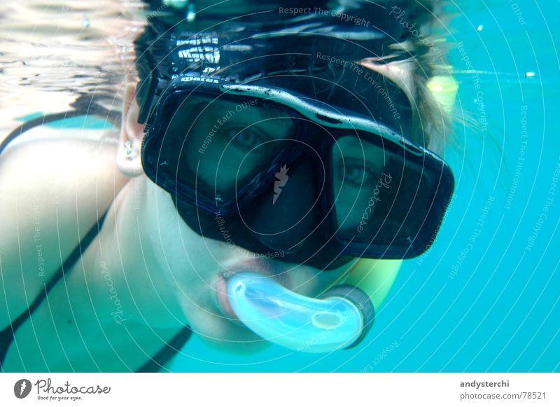 Auf der Suche nach Nemo tauchen Schnorcheln Indischer Ozean Malediven Atoll Lagune Taucherbrille See Meer Porträt Sommer Wassersport Schwimmen & Baden kuredu