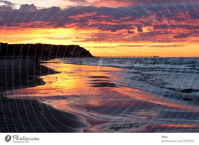 Sonnenuntergang Umwelt Natur Urelemente Sand Luft Wasser Himmel Wolken Sonnenaufgang Sommer Schönes Wetter Küste Strand Ostsee Meer Insel Usedom mehrfarbig gold