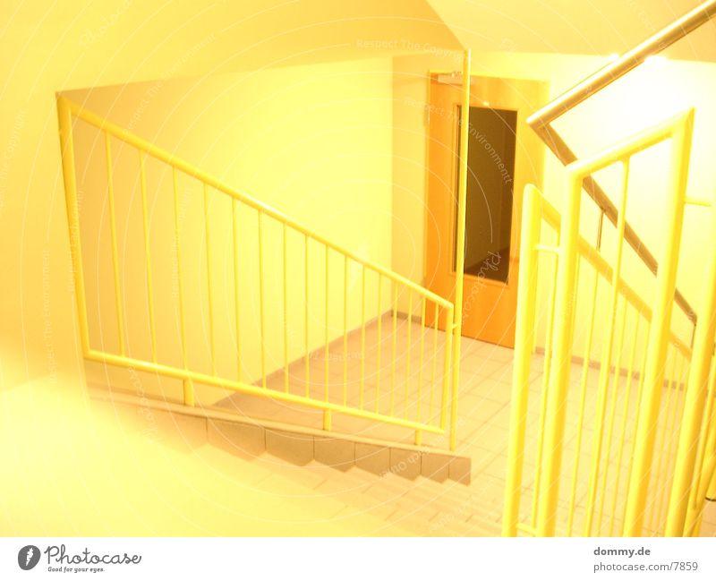 Gelb gelb Treppenhaus Überbelichtung Fototechnik
