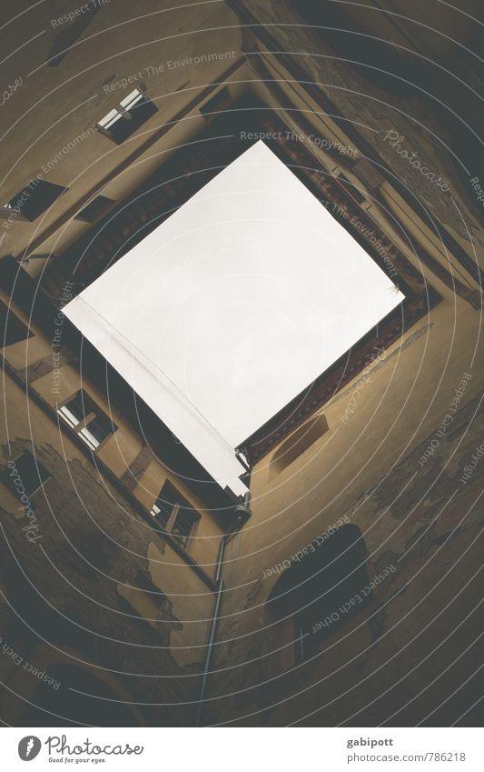 Querformat Ferien & Urlaub & Reisen Himmel Haus Gebäude Mauer Wand Fassade Fenster Stadt Innenarchitektur Quadrat Ecke quer rechtwinklig Rechteck Innenhof oben