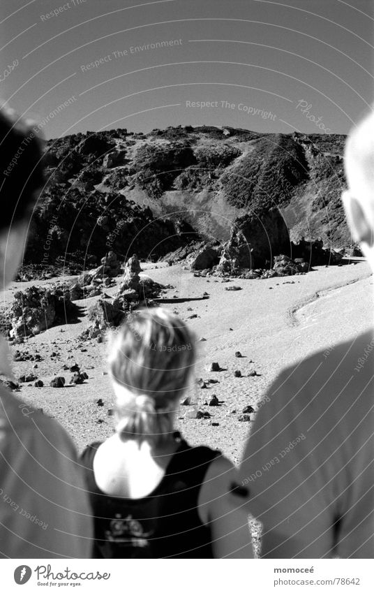 gruppenbild am pico de teide Natur Himmel Sonne Ferne Berge u. Gebirge Freiheit Menschengruppe Stein Landschaft Niveau Spanien Vulkan Lava Kanaren verdunkeln