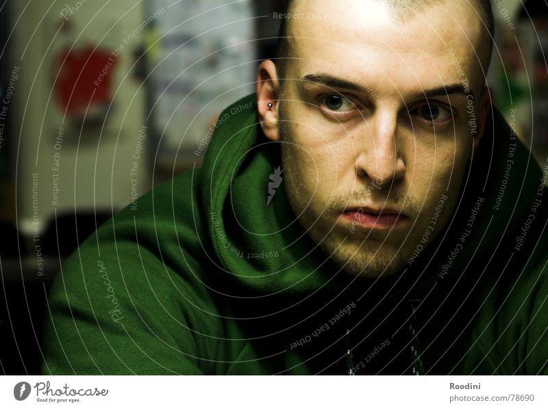 den Grund herausfinden Mensch Jugendliche Mann Junger Mann Gesicht Auge Leben Denken sitzen lernen beobachten Studium Vertrauen Student Schüler Fragen