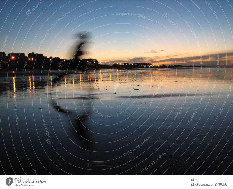 feel free ! Mann Wasser Himmel Sonne Meer grün blau Strand Ferien & Urlaub & Reisen Wolken gelb Bewegung See Sand orange Wellen