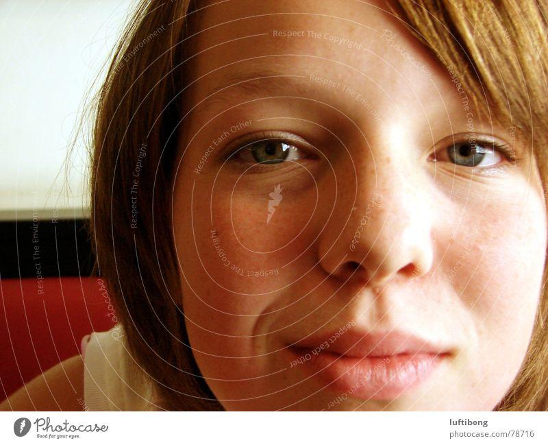 lach dich schlapp Frau Jugendliche Freude Gesicht Auge lachen Mund hell Nase Klarheit Lebensfreude grinsen Lächeln Anschnitt Frauengesicht