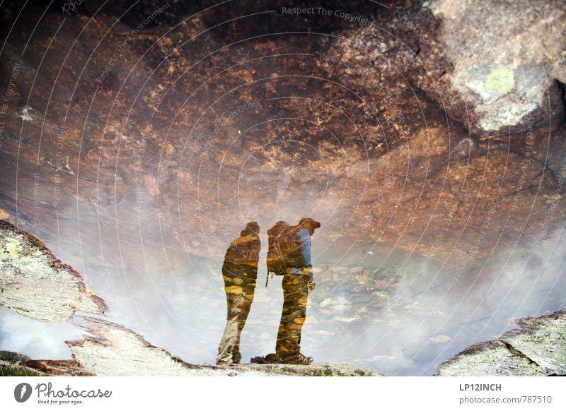 N O R W A Y - 604 - I Mensch Natur Ferien & Urlaub & Reisen Mann Stadt Wasser Sommer Landschaft Erwachsene Berge u. Gebirge Stein Felsen Freundschaft träumen