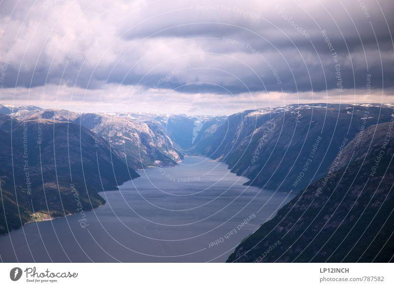 N O R W A Y - YO - XIX Ferien & Urlaub & Reisen Tourismus Ausflug Berge u. Gebirge wandern Natur Landschaft Wasser Himmel Wolken Fjord Lysefjord Norwegen
