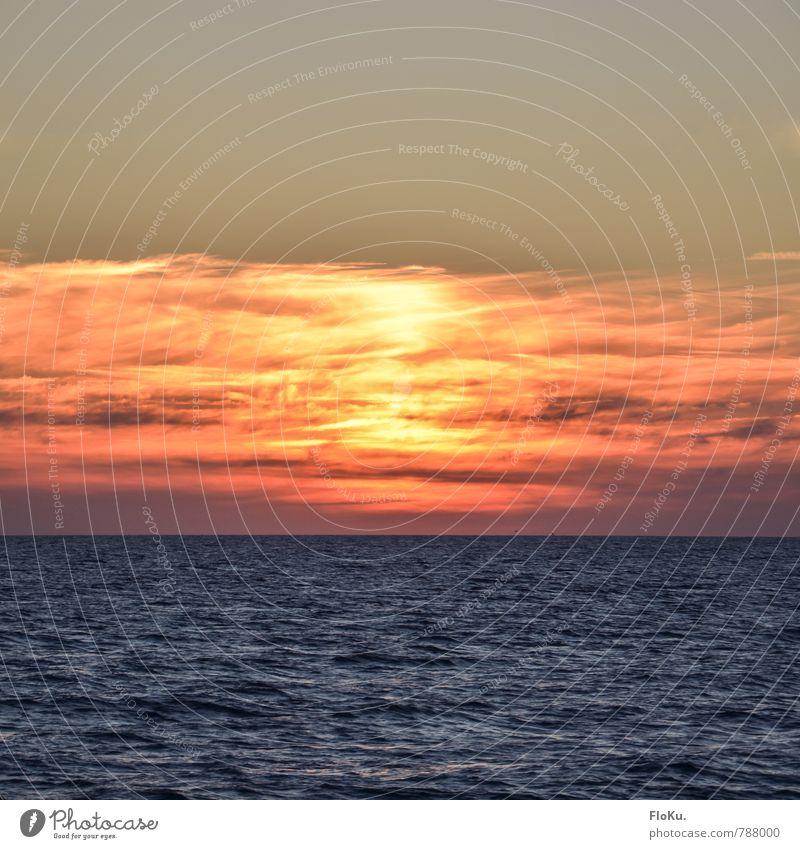 Ostsee-Dreiteiler Himmel blau Wasser Sonne Meer Wolken Umwelt gelb Stimmung Horizont Luft orange Schönes Wetter Urelemente Ostsee bernsteinfarben