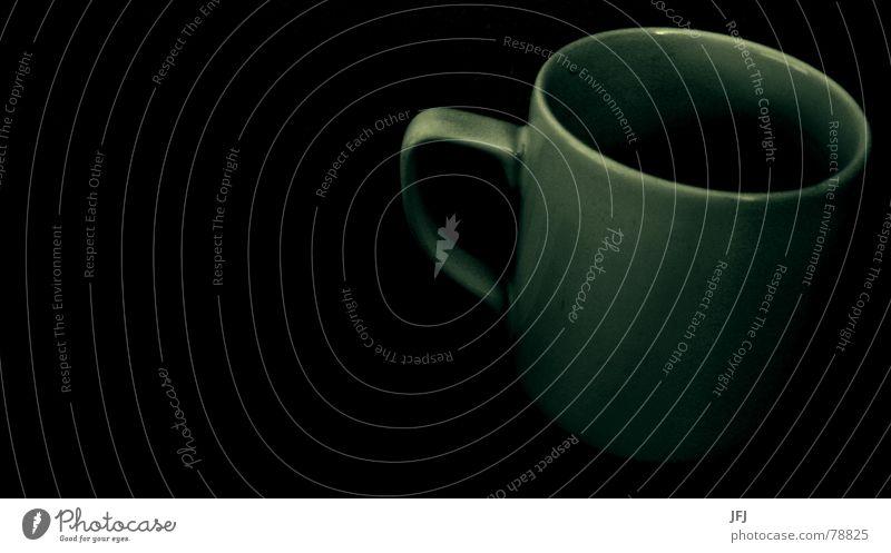 Tasse schwarz dunkel Traurigkeit Wärme Kaffee trist Küche Physik Tee Café genießen Griff Kaffeetasse Tragegriff Teetasse