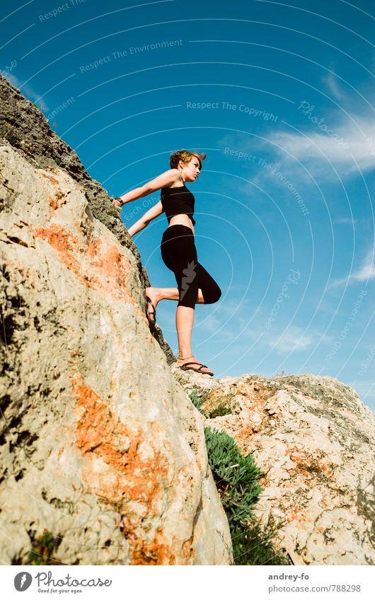Blick in die Zukunft Mensch Frau Himmel Kind Ferien & Urlaub & Reisen Jugendliche Sommer Junge Frau 18-30 Jahre Erwachsene Berge u. Gebirge Leben feminin
