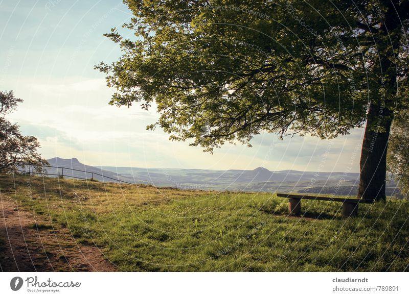 Rastplatz // No. 300! Umwelt Natur Landschaft Pflanze Himmel Wolken Sommer Schönes Wetter Baum Gras Garten Wiese Hügel Berge u. Gebirge Erholung genießen