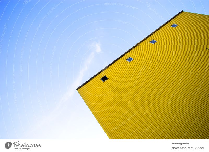 big yellow one blau Haus Wolken gelb Gebäude Linie Metall groß Industrie Fröhlichkeit Macht Turm Dachboden grell Industrielandschaft